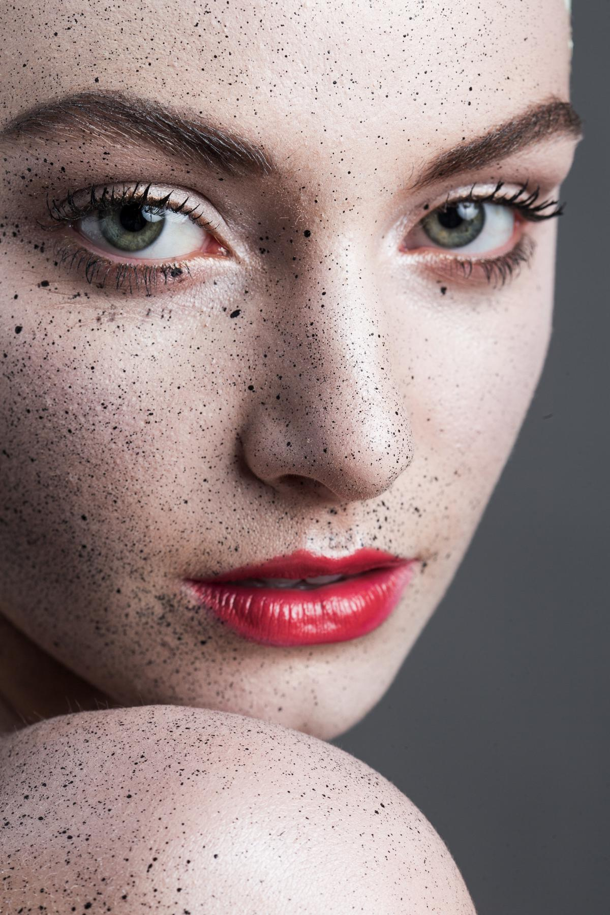 Speckled Makeup